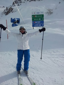 Another happy successful client skiing with confidence
